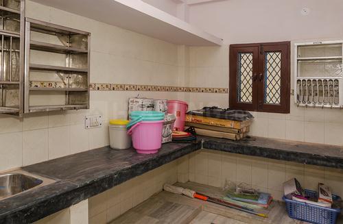मयूर विहार फेज 1 में अमरजीत नेस्ट दिल्ली के किचन की तस्वीर
