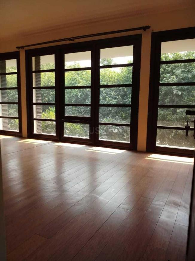 Living Room Image of 3000 Sq.ft 3 BHK Independent House for buy in Sector 72 for 40000000