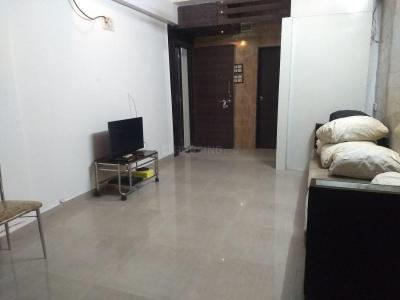 Gallery Cover Image of 700 Sq.ft 2 BHK Apartment for rent in Santacruz East for 36000