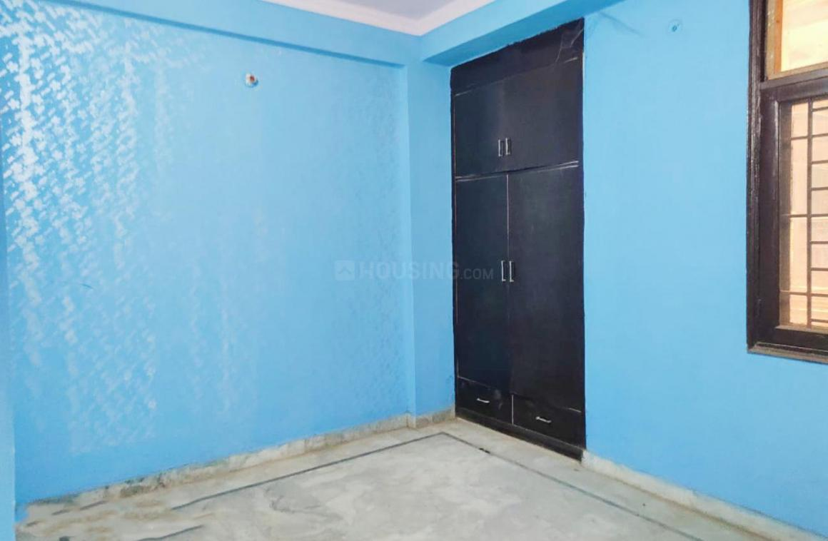 Living Room Image of 1850 Sq.ft 3 BHK Apartment for rent in Sector 78 for 30000