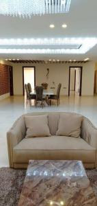 Gallery Cover Image of 3600 Sq.ft 4 BHK Independent Floor for buy in Sector 57 for 18000000