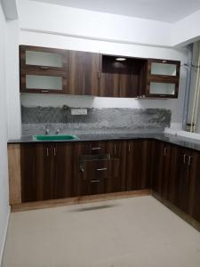 Gallery Cover Image of 1100 Sq.ft 2 BHK Apartment for rent in Brookefield for 23000