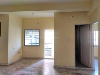 Gallery Cover Image of 1120 Sq.ft 3 BHK Apartment for rent in Hussainpur for 20000