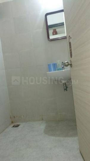 Common Bathroom Image of 450 Sq.ft 1 BHK Apartment for rent in Lower Parel for 40000