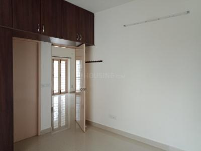 Gallery Cover Image of 1071 Sq.ft 2 BHK Apartment for rent in Karappakam for 17000