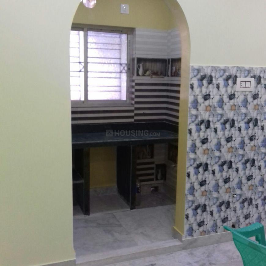 Kitchen Image of 580 Sq.ft 1 BHK Apartment for rent in Keshtopur for 6000