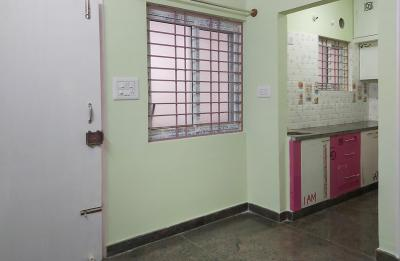 Gallery Cover Image of 600 Sq.ft 1 BHK Independent House for rent in Hongasandra for 9500