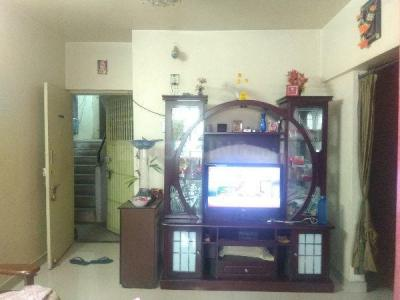 Gallery Cover Image of 1050 Sq.ft 2 BHK Apartment for rent in Chinchwad for 16800