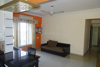 Gallery Cover Image of 1200 Sq.ft 2 BHK Apartment for rent in Mantri Serene, Goregaon East for 40000