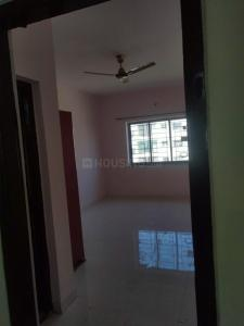 Gallery Cover Image of 1700 Sq.ft 3 BHK Apartment for rent in KHB Surya City, Bommasandra for 10500
