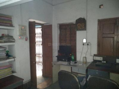 Gallery Cover Image of 725 Sq.ft 1 BHK Independent Floor for rent in Paikpara for 14000