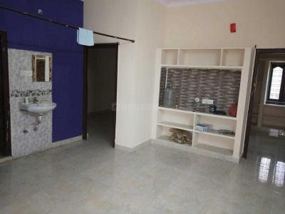Gallery Cover Image of 1300 Sq.ft 2 BHK Independent House for rent in Aminpur for 11000