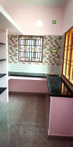 Gallery Cover Image of 750 Sq.ft 1 BHK Apartment for rent in Selaiyur for 6500