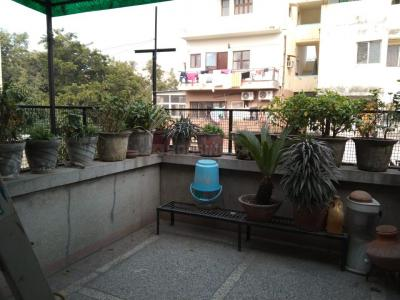Gallery Cover Image of 1100 Sq.ft 2 BHK Apartment for rent in DDA Flats Mayur Vihar Phase 1, Mayur Vihar Phase 1 for 28000