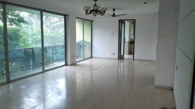 Gallery Cover Image of 1250 Sq.ft 3 BHK Apartment for buy in Shubham Galaxy Heaven, Juhu for 80000000