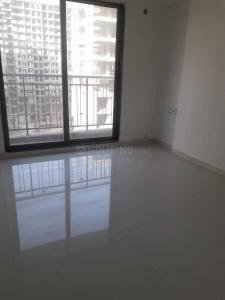 Gallery Cover Image of 1280 Sq.ft 2 BHK Apartment for buy in Thane West for 14500000