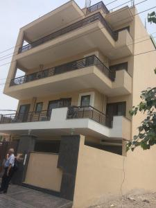 Building Image of Dsr Villa Boys PG Near Sohna Road, Sbhash Chowk Gurgaon in Sector 38