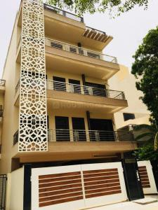 Gallery Cover Image of 1800 Sq.ft 3 BHK Independent Floor for buy in Sector 49 for 12500000