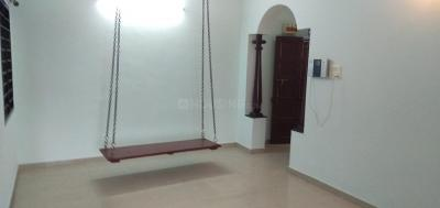 Gallery Cover Image of 1350 Sq.ft 3 BHK Apartment for rent in Velachery for 28000