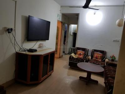 Gallery Cover Image of 1250 Sq.ft 2 BHK Apartment for rent in Bodakdev for 16000