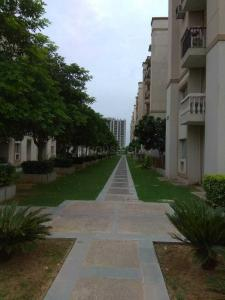 Gallery Cover Image of 1000 Sq.ft 2 BHK Independent Floor for buy in Sare Crescent Parc, Sector 92 for 4400000