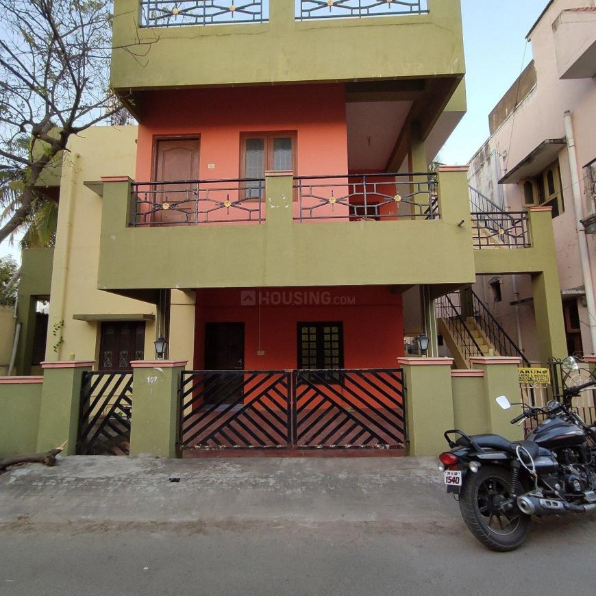 Building Image of 631 Sq.ft 2 BHK Independent House for rent in Perungalathur for 8000