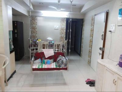 Gallery Cover Image of 1365 Sq.ft 3 BHK Apartment for buy in Kandivali East for 25800000