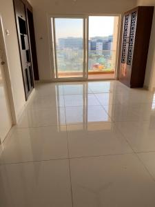 Gallery Cover Image of 1600 Sq.ft 3 BHK Apartment for rent in Tharamani for 35000