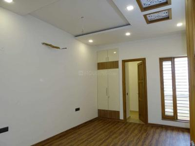 Gallery Cover Image of 1550 Sq.ft 3 BHK Independent Floor for buy in Sector 85 for 6500000