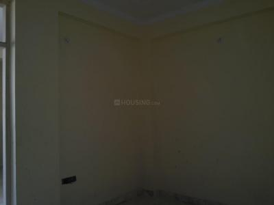 Gallery Cover Image of 400 Sq.ft 1 BHK Apartment for rent in Geeta Colony for 11000