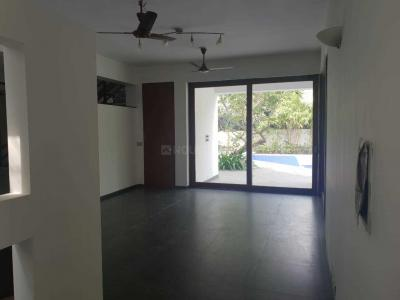 Gallery Cover Image of 7000 Sq.ft 5 BHK Independent House for rent in Injambakkam for 190000