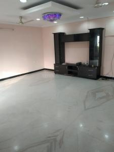 Gallery Cover Image of 2788 Sq.ft 3 BHK Apartment for buy in Nungambakkam for 31500000