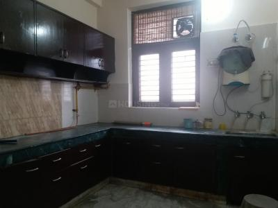 Gallery Cover Image of 1300 Sq.ft 3 BHK Independent Floor for rent in Sector 35 for 14000