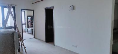 Gallery Cover Image of 945 Sq.ft 2 BHK Apartment for buy in Logix Blossom County, Sector 137 for 4250000
