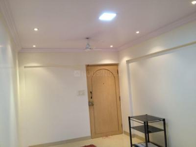 Gallery Cover Image of 625 Sq.ft 1 BHK Apartment for rent in Andheri West for 45000