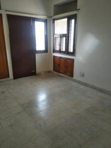 Gallery Cover Image of 1550 Sq.ft 3 BHK Apartment for rent in Sector 62 for 18000