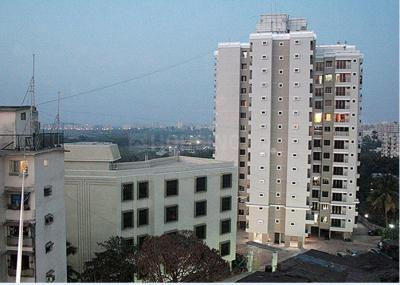 Gallery Cover Image of 610 Sq.ft 1 BHK Apartment for rent in Malad West for 28000