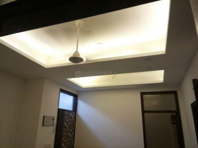 Gallery Cover Image of 900 Sq.ft 2 BHK Independent Floor for buy in Royal Avenue, Sector 75 for 2580000