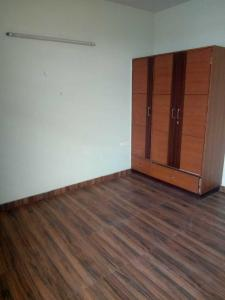 Gallery Cover Image of 2200 Sq.ft 3 BHK Independent Floor for rent in Sector 19 for 22000