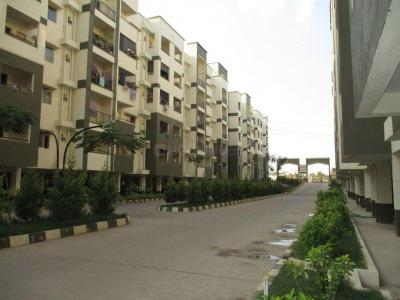 Gallery Cover Image of 725 Sq.ft 2 BHK Apartment for buy in Mahaveer Orchids, Choodasandra for 3300000