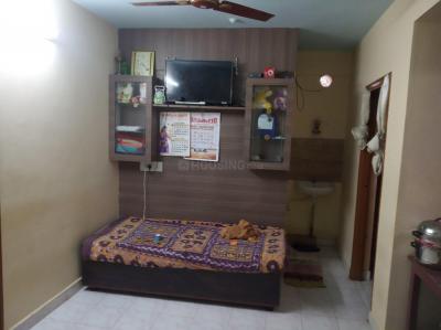 Gallery Cover Image of 650 Sq.ft 2 BHK Apartment for rent in Krishnarajapura for 12000