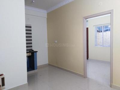 Gallery Cover Image of 500 Sq.ft 1 BHK Apartment for rent in S.G. Palya for 7500
