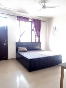 Gallery Cover Image of 1500 Sq.ft 3 BHK Independent House for rent in Sector 23A for 26000
