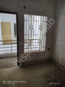 Gallery Cover Image of 809 Sq.ft 2 BHK Apartment for buy in Kolar Road for 1180000