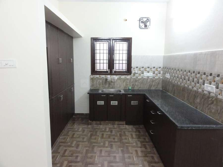 Kitchen Image of 1400 Sq.ft 3 BHK Apartment for rent in Porur for 16000