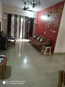 Gallery Cover Image of 1300 Sq.ft 2 BHK Apartment for rent in Spectra Sylvan Annexe, C V Raman Nagar for 25000