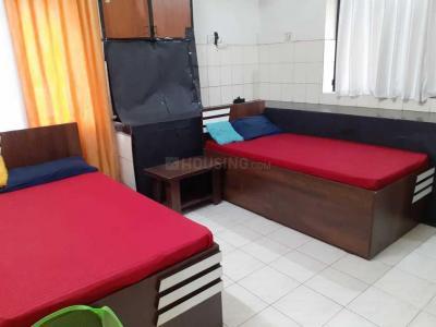 विमान नगर में लक्ज़री पीजी के बेडरूम की तस्वीर