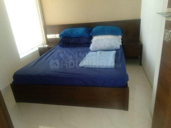 Bedroom Image of 650 Sq.ft 2 BHK Apartment for rent in Lower Parel for 85000