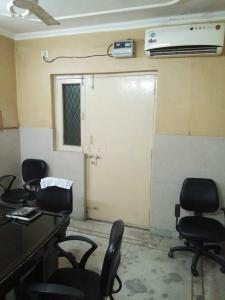 Gallery Cover Image of 450 Sq.ft 1 BHK Apartment for buy in Jasola for 1100000