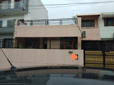 Gallery Cover Image of 2250 Sq.ft 3 BHK Independent House for rent in Sector 21 for 25000